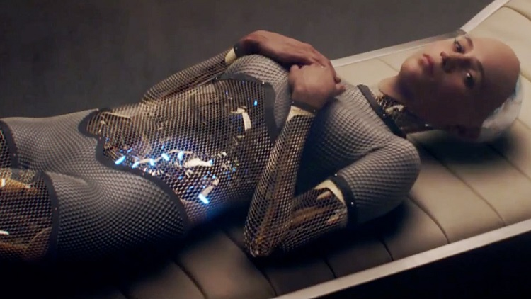 Ava (Alicia Vikander) takes a break from being awesome in Ex Machina.