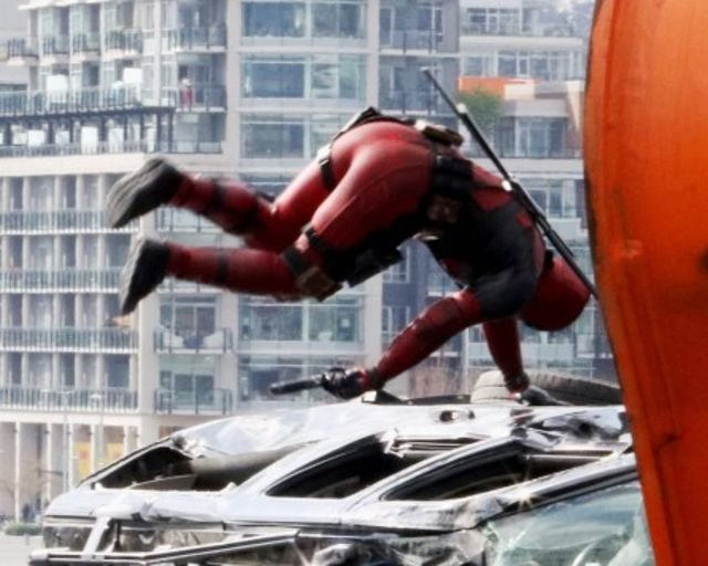 our-first-look-at-deadpool-in-action-update-new-images-unmasked-343398