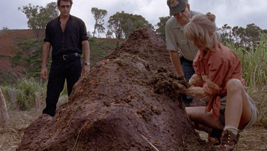 This Jurassic World Deleted Scene Is One Big Pile Of Shit