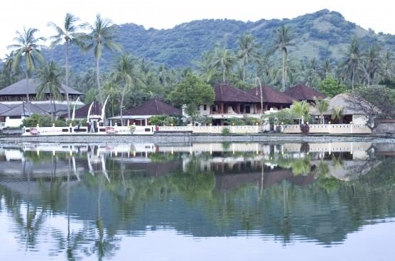 bali lake tree houses