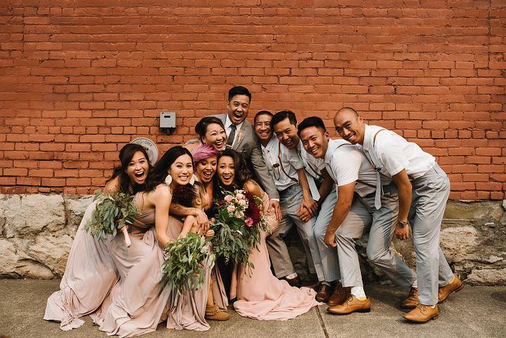 ハワイでの結婚式でブライズメイドは?余興やスピーチなどの演出は?BGMや両親へのサプライズについても!わからない疑問を解決☆