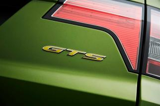 GTS Maloo Badge Detail 2 (Large)