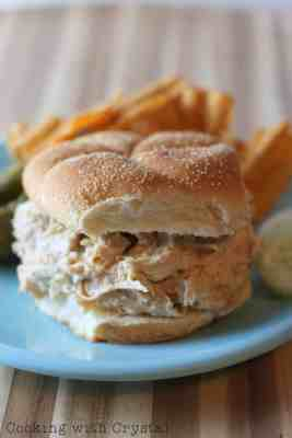 Slow Cooker Chicken Sandwich - only 3 ingredients!