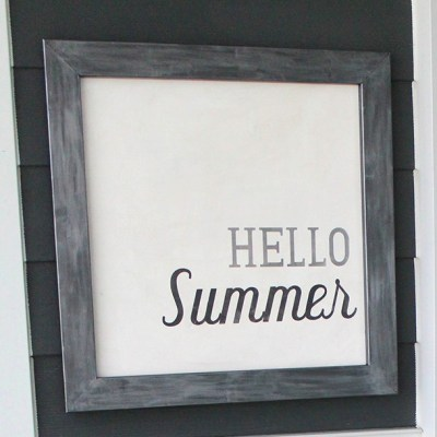 DIY Hello Summer Decorative Board - such an easy DIY using a vinyl stencil! From www.overthebigmoon.com!