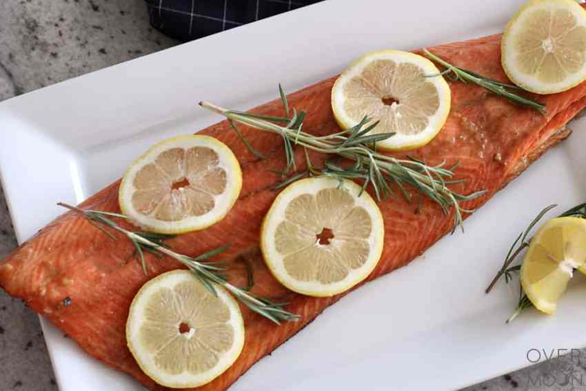 If you're a Salmon lover, then you die over this Rum Marinated Sweet Salmon! | www.overthebigmoon.com