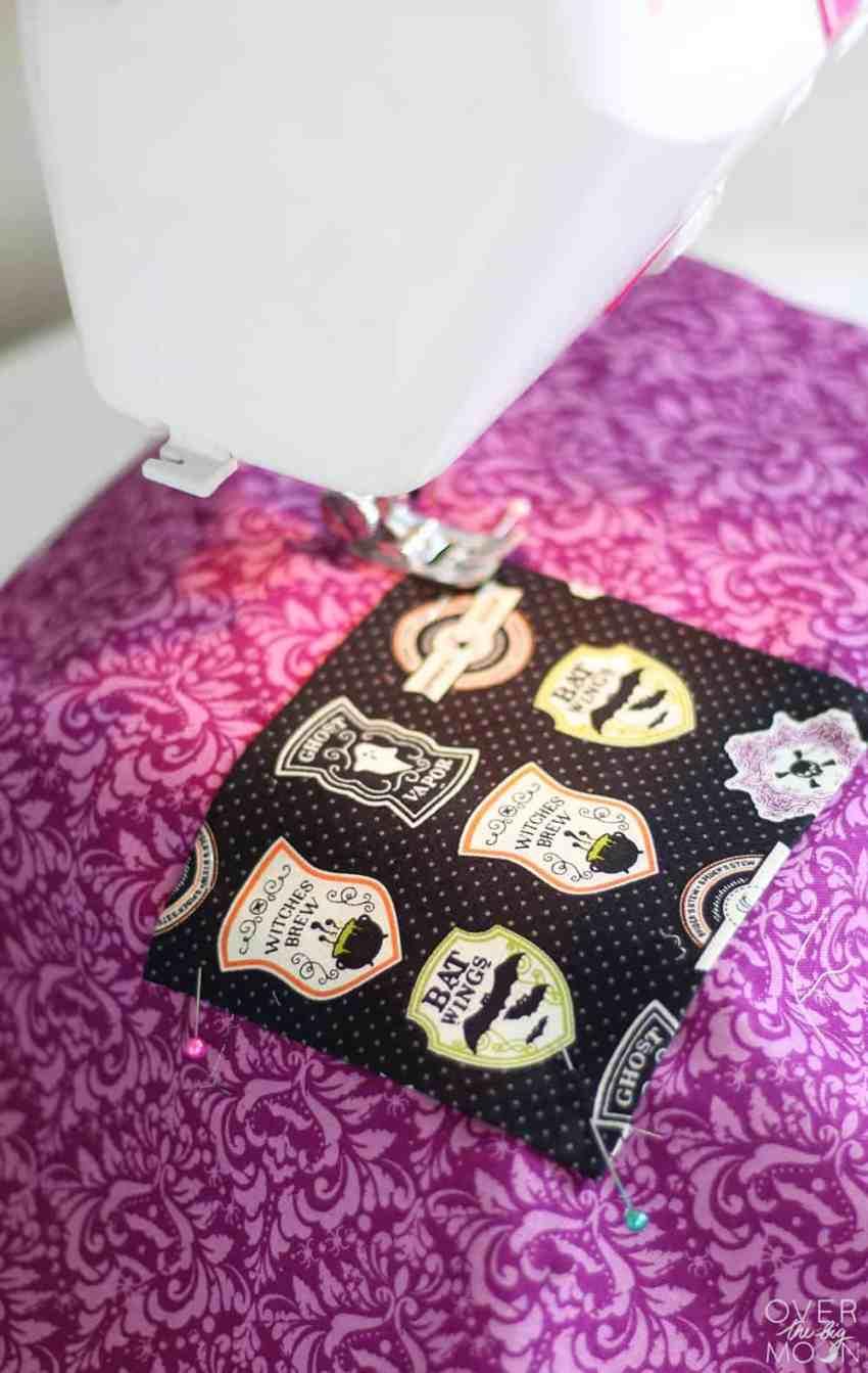 DIY Trick or Treat Bag for Kids | www.overthebigmoon.com