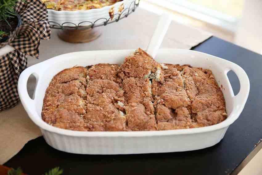 Blueberry Struesel Cake - perfect for Christmas Breakfast!
