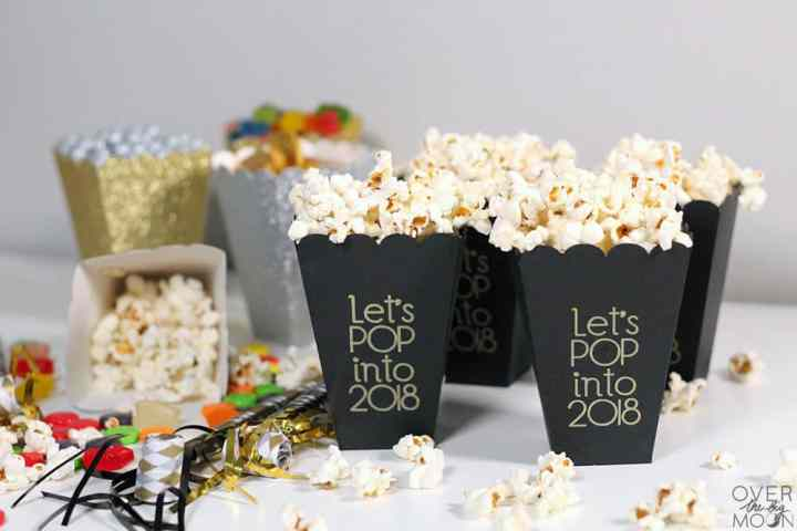 Easy DIY Treat and Popcorn boxes! From overthebigmoon.com