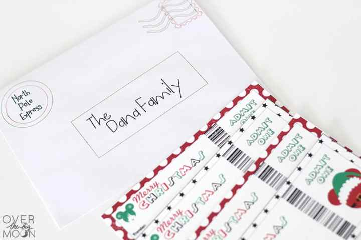 Customized North Pole Envelope using your Cricut machine! From overthebigmoon.com!
