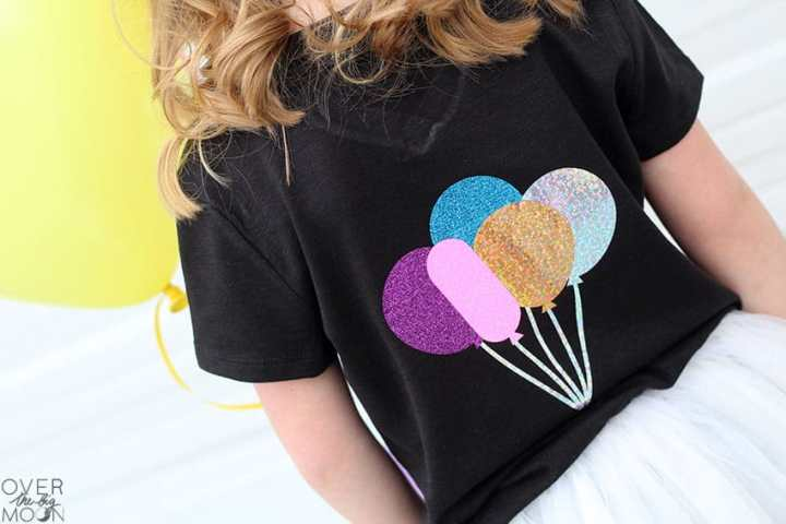 Fun and simple birthday girl and balloon shirt for your little one to wear on their birthday! From overthebigmoon.com!