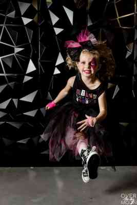 Girls Rock Star Costumes made using my Cricut Maker and EasyPress! From overthebigmoon.com!