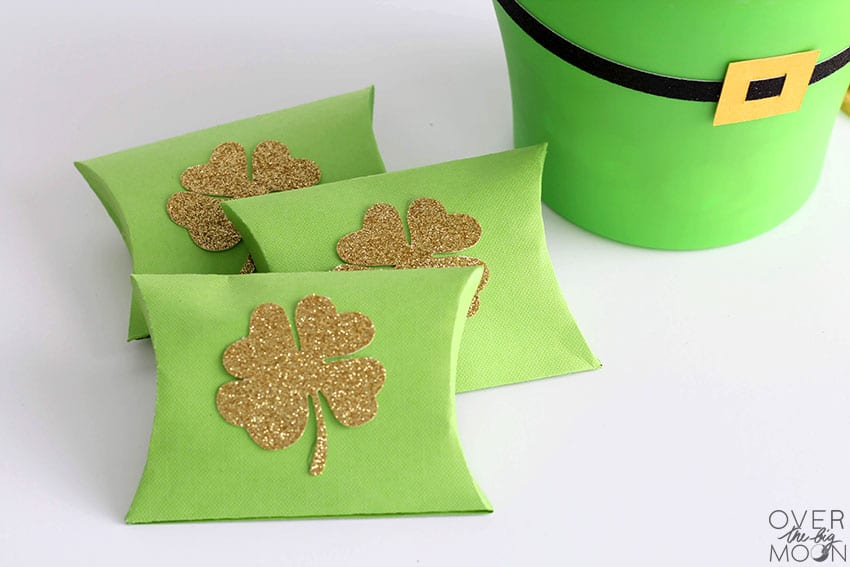 St. Patrick's Day Pillowboxes