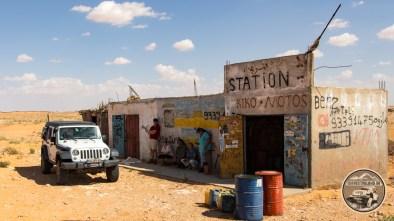 Letzte Tankstelle vor der Sahara...