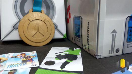 Detalhe da medalha e da caixa
