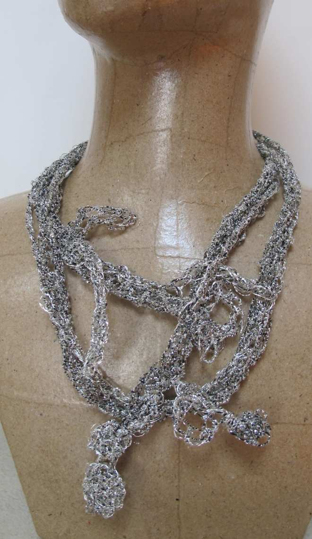 Collier liane multiforme