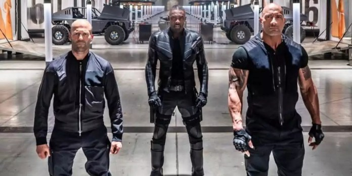 20190128-jason-statham-idris-elba-and-dwayne-johnson-on-hobbs-and-shaw-set-1024x512 Hobbs e Shaw | Dwayne Johnson revela data de lançamento do trailer