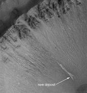 """Charles Elachi: """"Podemos ter encontrado moléculas orgânicas em Marte"""" 1"""