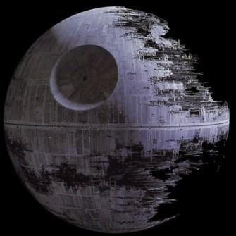 Estrela da Morte (Death Star), do filme Guerra nas Estrelas.