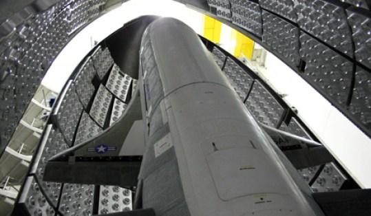 Guerra espacial entre os EUA e a Rússia deixaria a humanidade presa na Terra para sempre