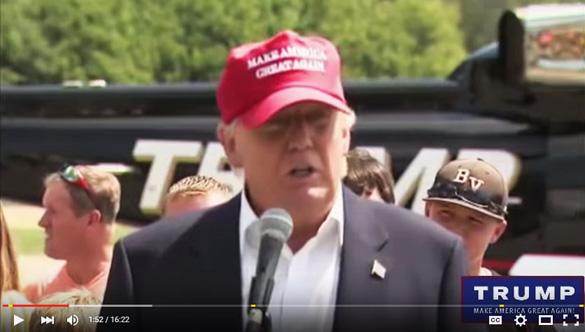 Trump discursando 2