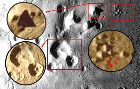 Pirâmides em Charon