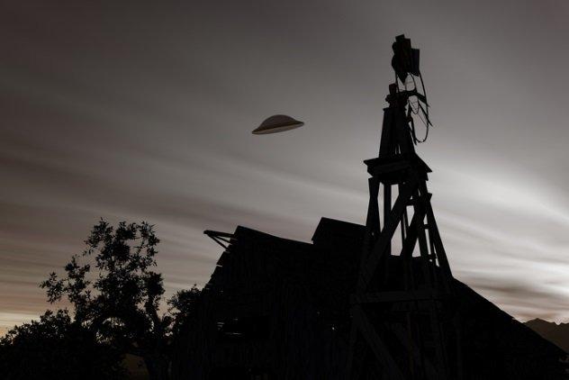 12 avistamentos fascinantes de OVNIs da história antiga 2