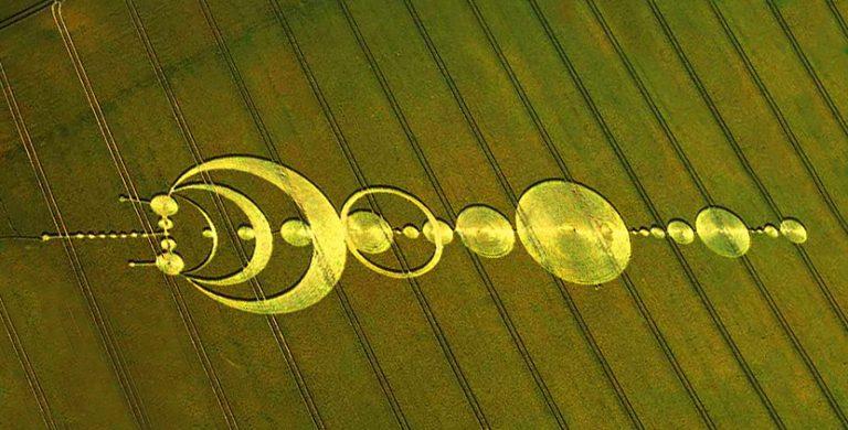 Cientista decifra agroglifos e diz ter encontrado mensagens de alienígenas 2