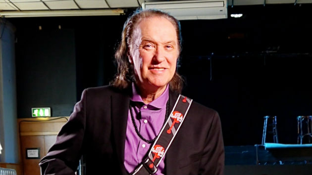 Dave Davies, da banda The Kinks, alega ter tido encontro com alienígenas 1