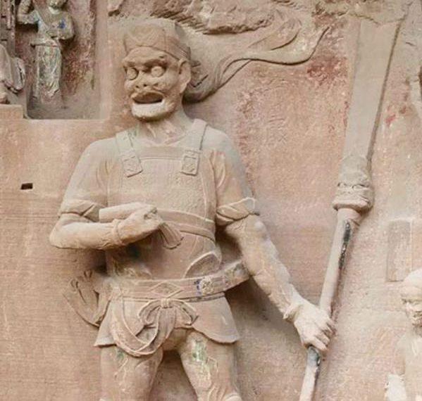 Estariam estas estátuas recém descobertas mostrando uma tecnologia desconhecida? 2