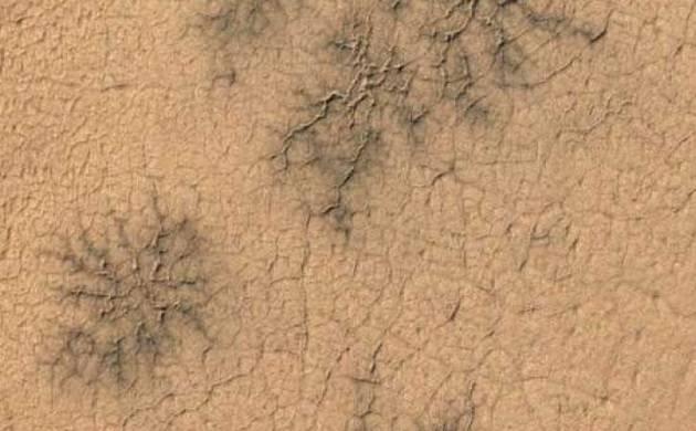 novas formações em Marte
