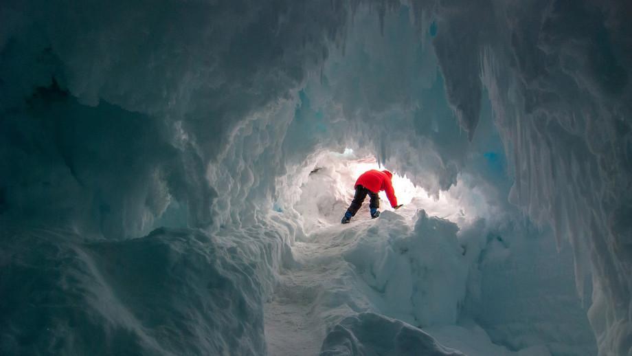 """Enormes cavernas descobertas na Antártica podem conter uma """"vida secreta"""" 1"""