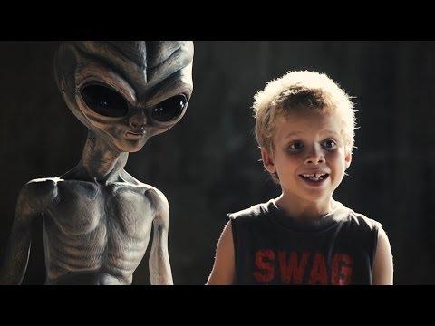 ETs se parecem com os humanos