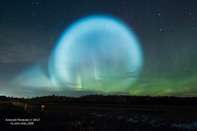 Satã 2 da Rússia causa estranho fenômeno no céu 1