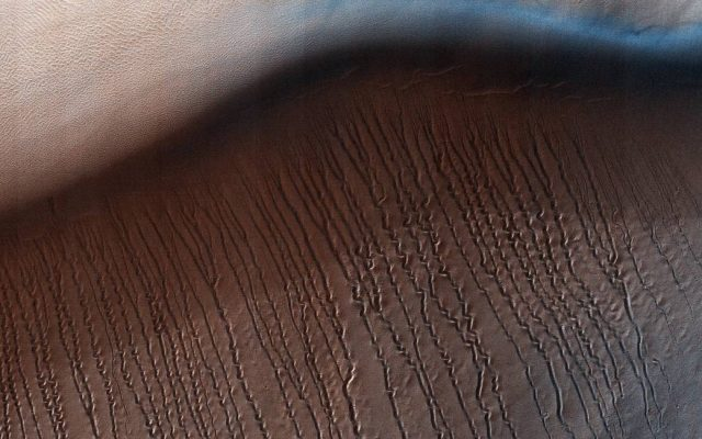 areia que levita em Marte
