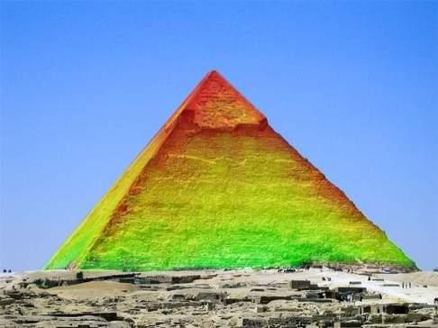 Mais anomalias existem na Grande Pirâmide de Gizé, diz cientista do projeto ScanPyramids 1