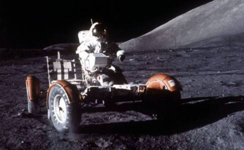 levar o homem novamente à Lua