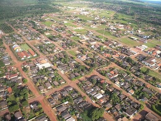 Clarão e tremor de terra assustam moradores de Indiavaí