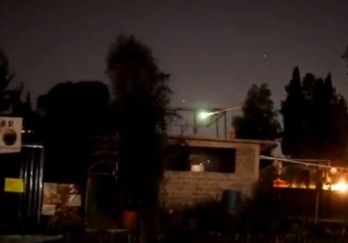 meteoro ilumina o céu do México