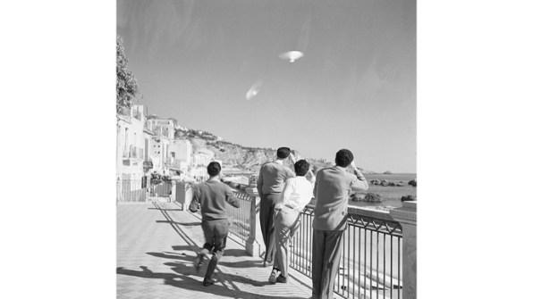 15 fotos de OVNIs tiradas antes da existência de computação gráfica e drones 2