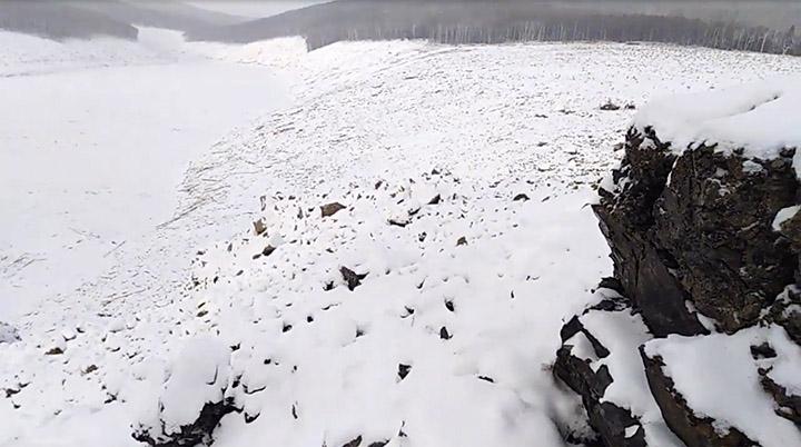 Putin envia militares após siberianos culparem OVNI pelo colapso de montanha 1