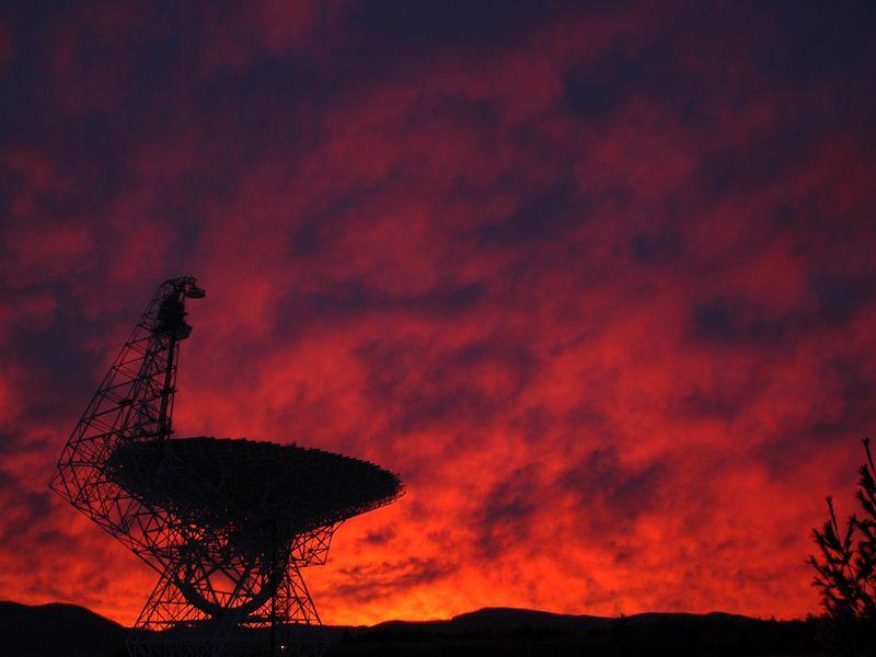 É hora de procurar por ET de forma séria, dizem astrônomos