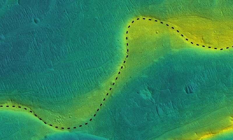 Pouco tempo atrás Marte era coberto de gigantescos rios e lagos, descobrem cientistas 1