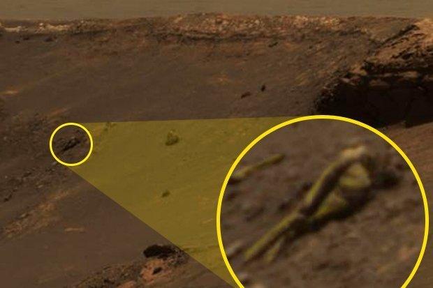 'Estátua humana' foi fotografada em Marte