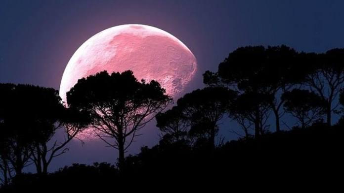 A Lua Rosa será vista em sua plenitude nesta Sexta Feira Santa