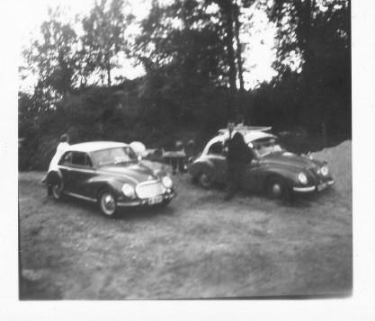 Den Vest-tyske DKW og den Øst-tyske IFA.