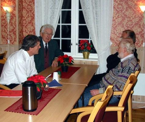 Julemøte på Øvrebø Prestegård. Fra v. Per Fuskeland, Niels Otto Hægeland,Olav Upsahl, Bernt Ilebekk