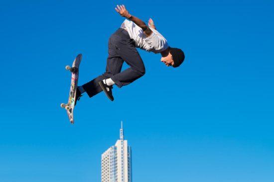 FFF Skateboarder
