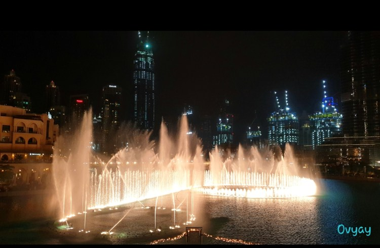 Dubai Marina Fountain show