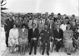 Banda and the expatriate staff of Kamuzu Academy www.read2live.com