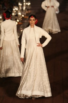 WIFWSS'15D5S5RohitBalRunway018